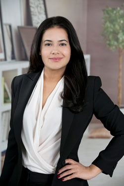 Chicago Realtor - Mayra Vasquez
