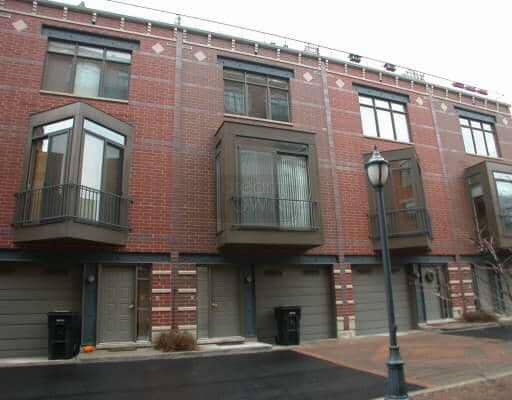 Condos - 310-320 N. Clinton, Chicago, IL 60661