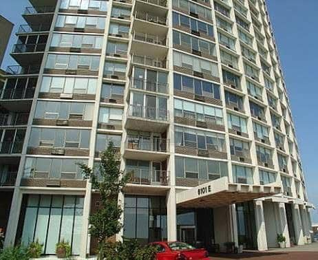 Edgewater Condos - 6157 N. Sheridan, Chicago, IL 60660